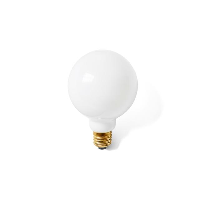 2500639 Globe Bulb Opal 01 scaled