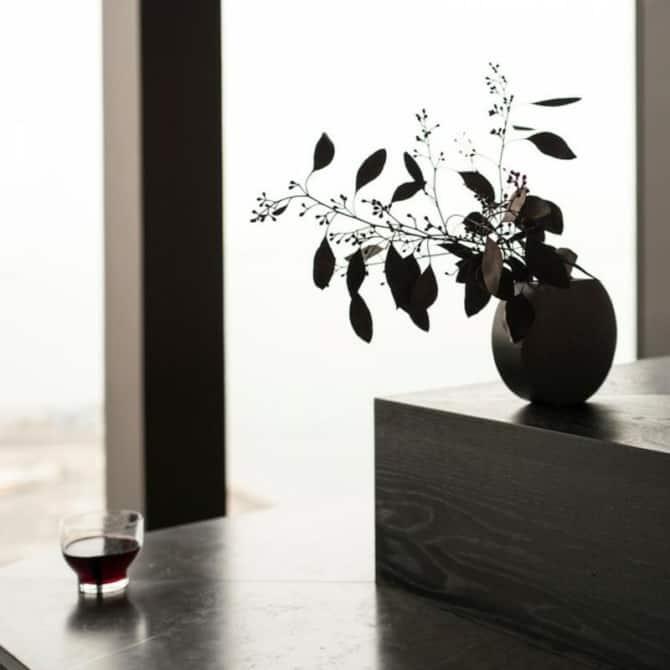 MENU Moon Vase 1