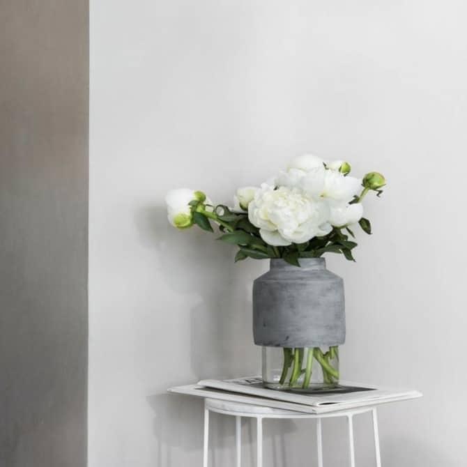 MENU Willmann Vase 1