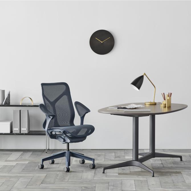 Cadeira de escritorio Herman Miller Cosm 6