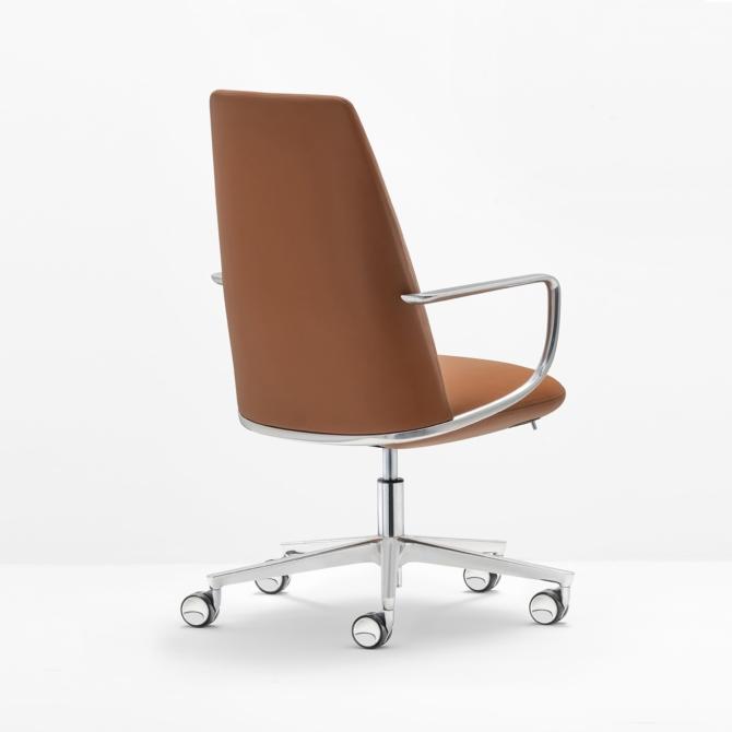 Cadeira de executivo PEDRALI Elinor 3755 pele