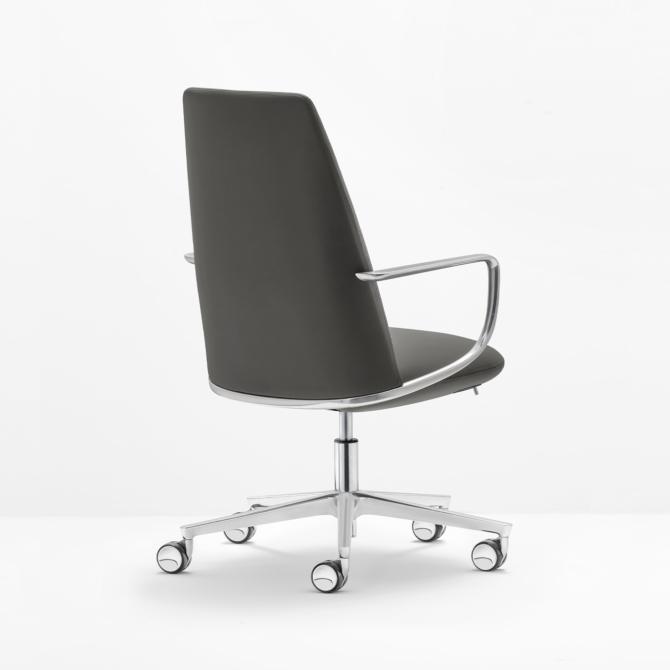 Cadeira de executivo PEDRALI preto Elinor 3755