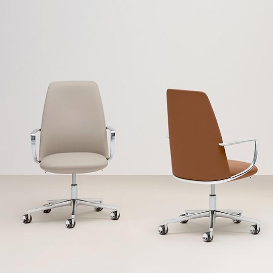Elinor 3755 Cadeira de executivo PEDRALI