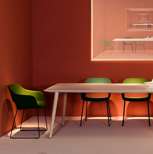 Mesa de jantar PEDRALI BABILA TBA lounge