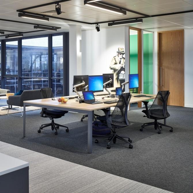 HERMAN MILLER Layout Studio Mesas de trabalho