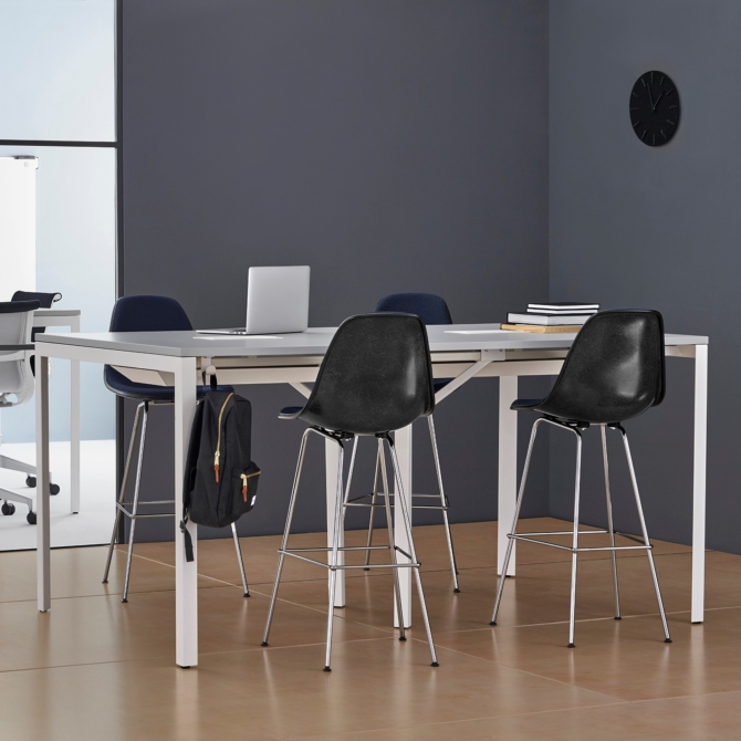 Mesa de trabalho HERMAN MILLER Layout Studio