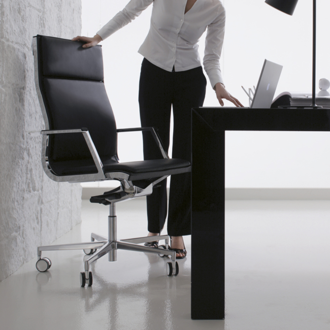 Cadeira executiva LUXY NULITE