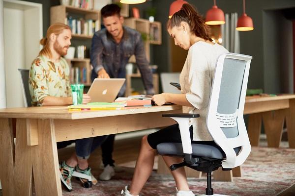 cadeiras operativas trend office